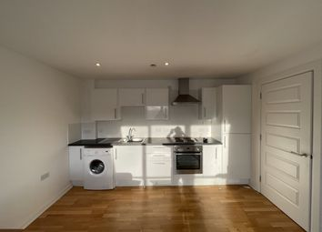 2 bed flat to rent in Hawkhill, Dundee DD1