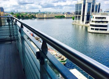 Thumbnail 2 bed flat to rent in Dockside, 14 Turnberry Quays, Canary Wharf