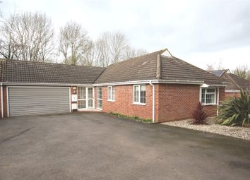 Thumbnail 3 bed bungalow to rent in Alveley Close, Redditch, Worcestershire