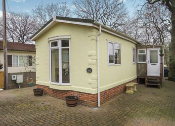 Thumbnail 2 bed mobile/park home for sale in Bluebell Ride, Radley, Abingdon