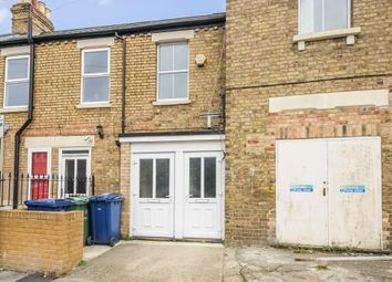 Thumbnail 1 bed flat to rent in St Marys Road, East Oxford
