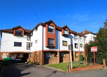 Thumbnail 2 bed flat to rent in Warminster Road, London