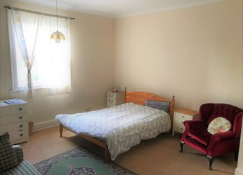 Thumbnail 1 bed flat to rent in Gresham Road, Staines