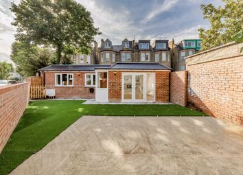 Thumbnail 2 bed bungalow to rent in Chatsworth Road, Mapesbury, London