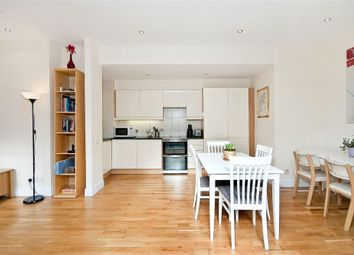Thumbnail 2 bed flat to rent in St. John's Square, London