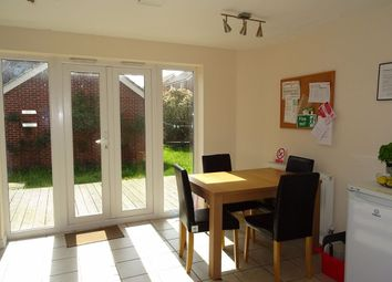 Thumbnail Room to rent in Rm5, Brickton Road, Hampton Vale, Peterborough