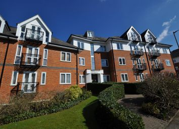 Thumbnail 1 bed flat to rent in Park View Close, St.Albans