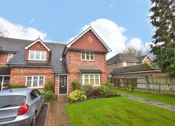 John Place, Warfield, Berkshire RG42. 2 bed flat for sale