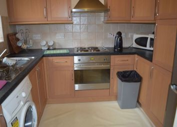 Thumbnail 1 bed flat to rent in Hawthorn Drive, Selly Oak, Birmingham