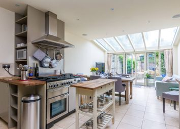 3 bed property to rent in Saville Road, Chiswick, London W4