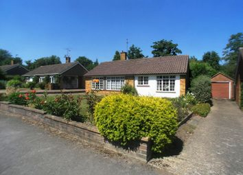 Thumbnail 3 bed bungalow to rent in Tormead Road, Guildford