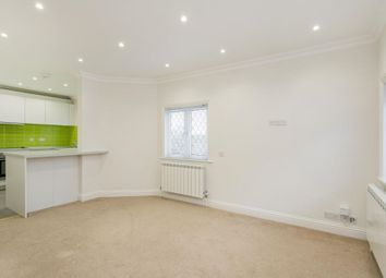 Thumbnail 2 bedroom flat to rent in Thames Street, Sonning