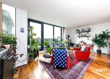 Thumbnail 2 bed flat to rent in De Beauvoir Crescent, De-Beauvoir, London