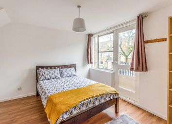 2 bed maisonette to rent in Burness Close, Islington, London N7