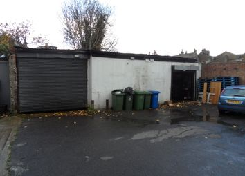 Thumbnail Warehouse to let in Peckham Rye, London