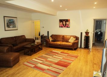 Thumbnail 4 bed link-detached house for sale in Gants Hill, Ilford