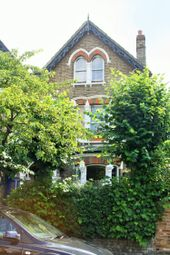 2 bed flat to rent in Osborne Road, Stroud Green N4
