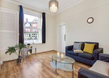 Thumbnail 4 bed flat to rent in Flat 1, 1 Victoria Road, Hyde Park