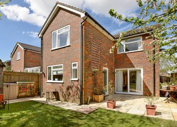 Thumbnail 4 bedroom detached house for sale in Cedar Drive, Kingsclere, Newbury, Hampshire