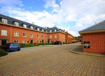 Thumbnail 2 bedroom flat to rent in Balls Park, Hertford
