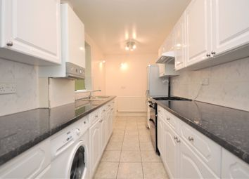 2 bed maisonette to rent in Bridge Road, East Molesey KT8
