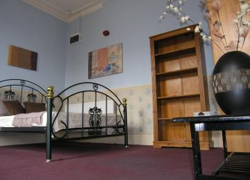 Thumbnail 1 bed property to rent in Flat 5, 223 Hyde Park Road, Hyde Park