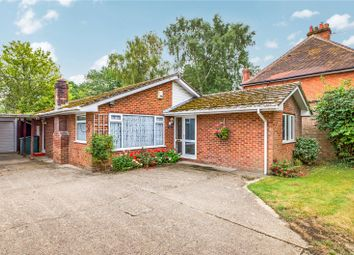 Aldermaston Road, Pamber Green, Tadley, Hampshire RG26. 2 bed bungalow