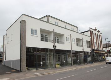 1 bed flat to rent in Canewdon Road, Westcliff-On-Sea, Essex SS0