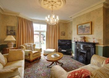 Thumbnail 6 bed detached house for sale in Avenue Road, Leicester, Leicestershire