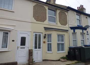 3 bed property to rent in Glenfield Road, Dover CT16