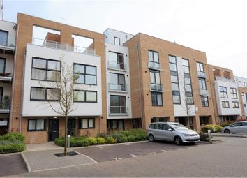 Thumbnail 2 bedroom flat for sale in Cromwell Road, Cambridge