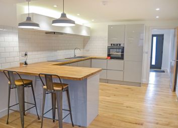 2 bed flat to rent in Flat 2 Moose Hall Apartments, Toronto Road, Exeter EX4