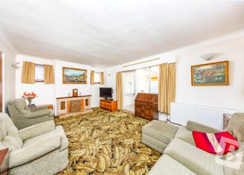 Laburnham Gardens, Upminster RM14. 3 bed detached house