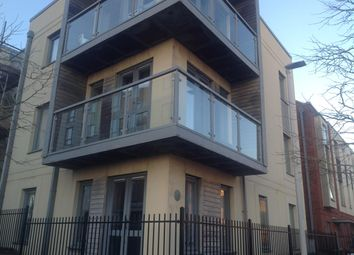 Thumbnail 2 bedroom flat to rent in Wall Street, Plymouth