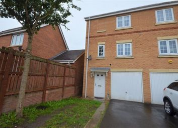 Thumbnail 3 bedroom town house to rent in Mill Place, Castleford