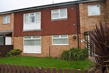 Thumbnail 1 bed flat to rent in Chapelhill Road, Moreton, Wirral