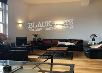 Thumbnail 4 bed town house to rent in Burbage Close, London