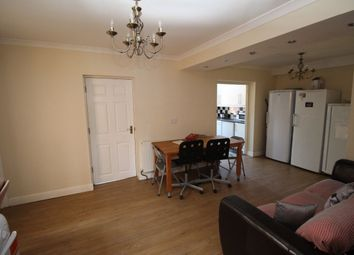 Thumbnail Room to rent in The Crescent, Egham