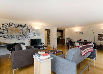 Thumbnail 2 bedroom flat for sale in Gifford Street, Islington