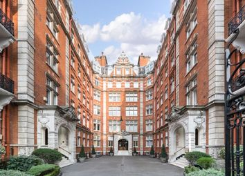 Thumbnail 3 bed flat to rent in Queen's Gate, South Kensington, London