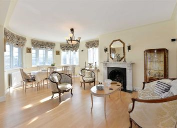 Thumbnail 4 bed flat to rent in Regency Lodge, London
