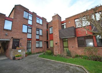 2 bed flat for sale in Reading Road, Wallingford OX10
