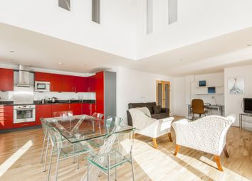 Thumbnail 2 bed flat to rent in New Road, Oxford