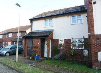 Thumbnail 1 bed maisonette to rent in Lincoln Close, Welwyn Garden City