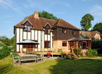 Thumbnail 4 bed detached house to rent in Maidenhead Road, Cookham, Maidenhead