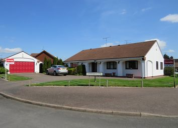 Thumbnail 3 bedroom detached bungalow for sale in Lighthorne Rise, Luton