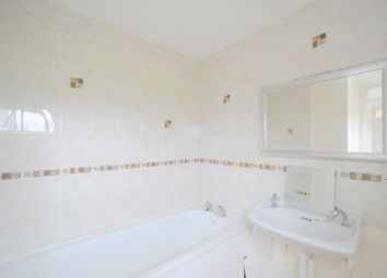 2 bed semi-detached house to rent in Wendron Close, Bransholme, Hull HU7