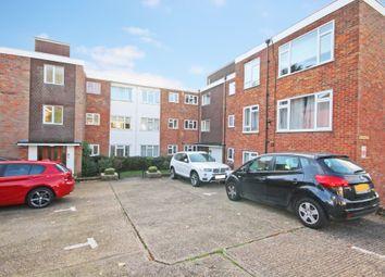 2 bed flat to rent in Ardmore Lane, Buckhurst Hill IG9