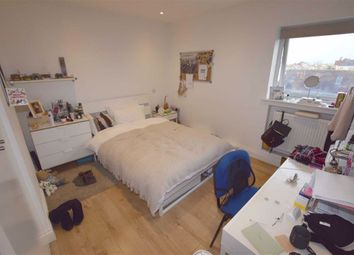 Room to rent in Sevington Road, London NW4