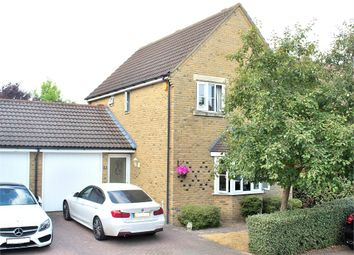 3 bed detached house for sale in Spruce Avenue, Dunmow CM6